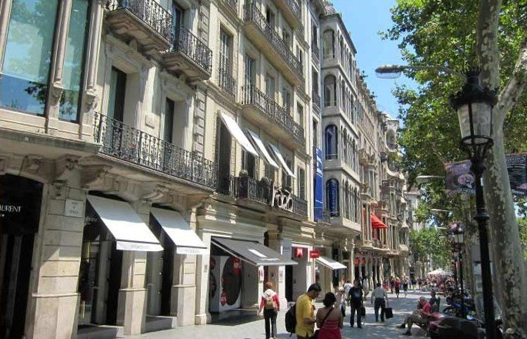 bdf7f649dd7 Dónde ir de compras en Barcelona - Lugaris
