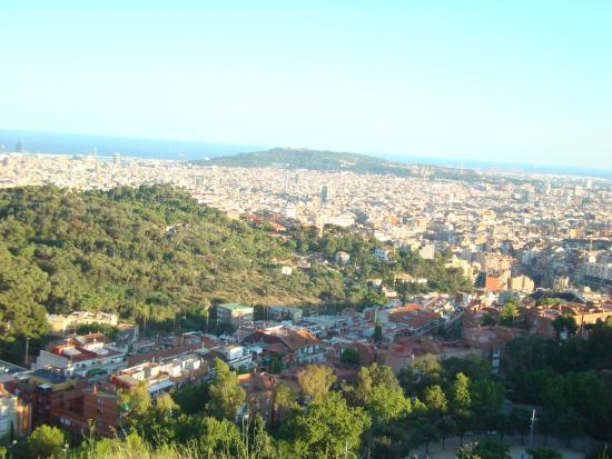 Los mejores miradores de barcelona lugaris for Piscina creueta del coll
