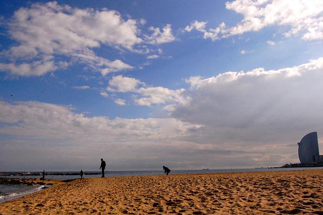 10 Las Lugaris Descubre Mejores Playas De Barcelona OkXPZiu