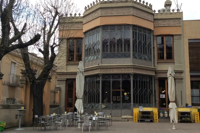 Bars With Patio Or Garden In Barcelona